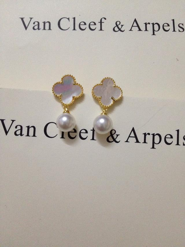 Van Cleef & Arpels Earrings V192037