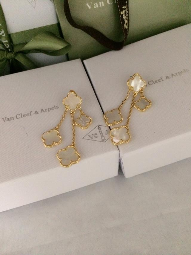 Van Cleef & Arpels Earrings V192038