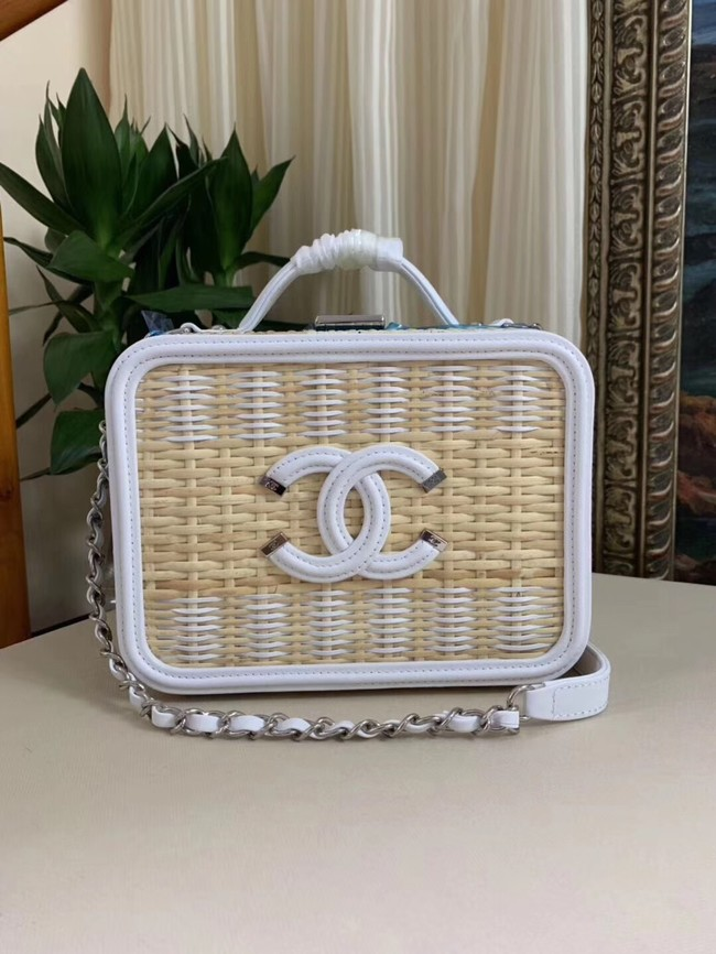 Chanel Vanity Case Original Weave A93343 white