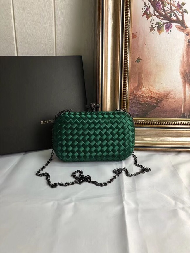 BOTTEGA VENETA Knot snakeskin-trimmed satin clutch 62548 green