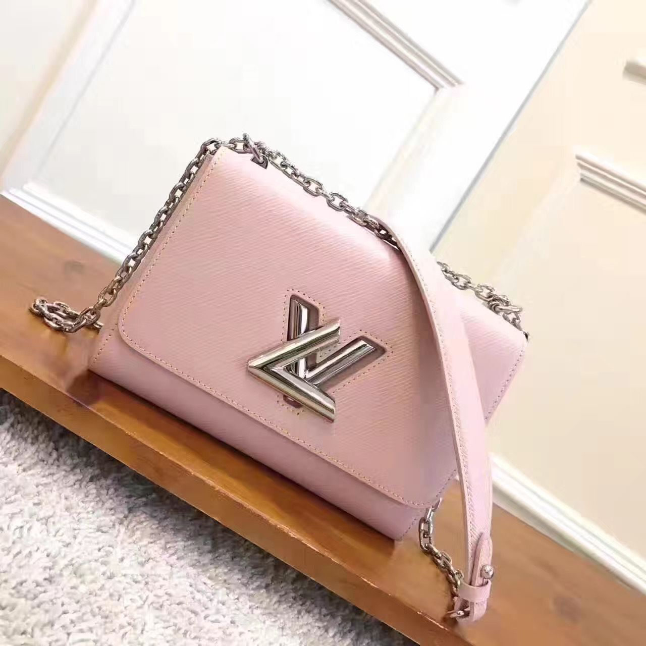 Louis Vuitton Original Epi Leather Twist MM M50380 Pink