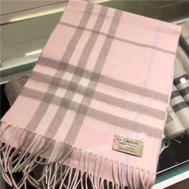 Burberry Cashmere Classic Scarf 3606