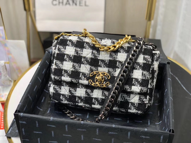 CHANEL 19 Flap Bag AS1160 Black&white