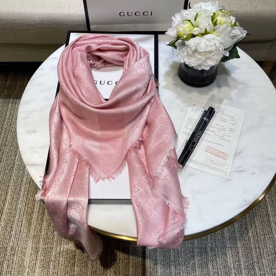 Gucci Cashmere Scarf GG9654 Pink