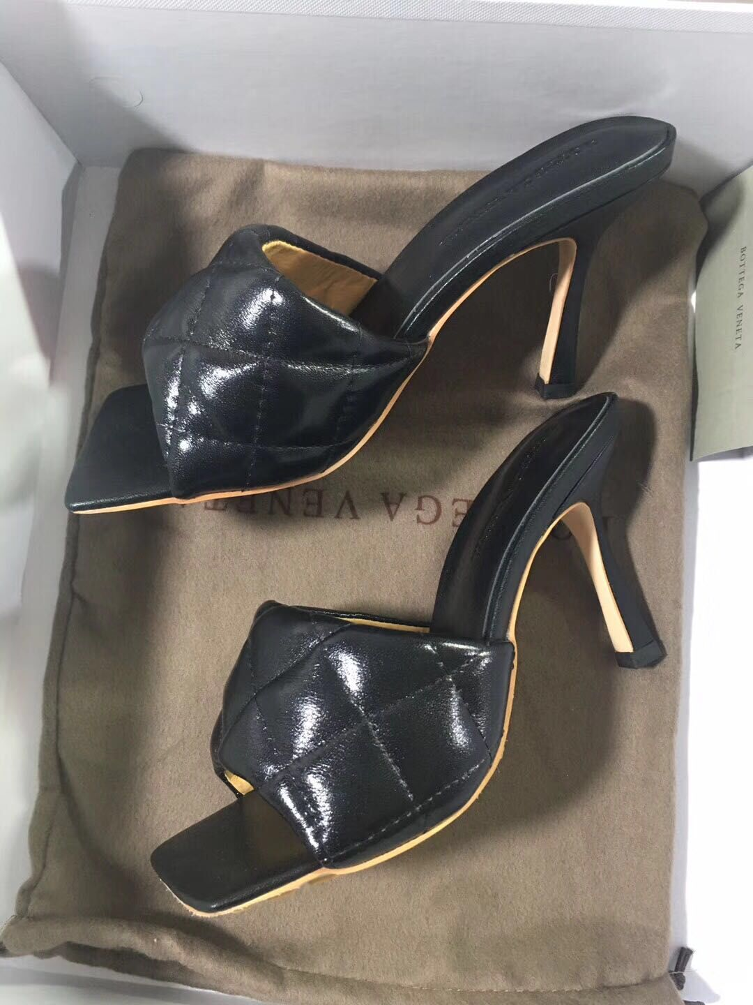 Bottega Veneta Shoes BV32657 Patent Black