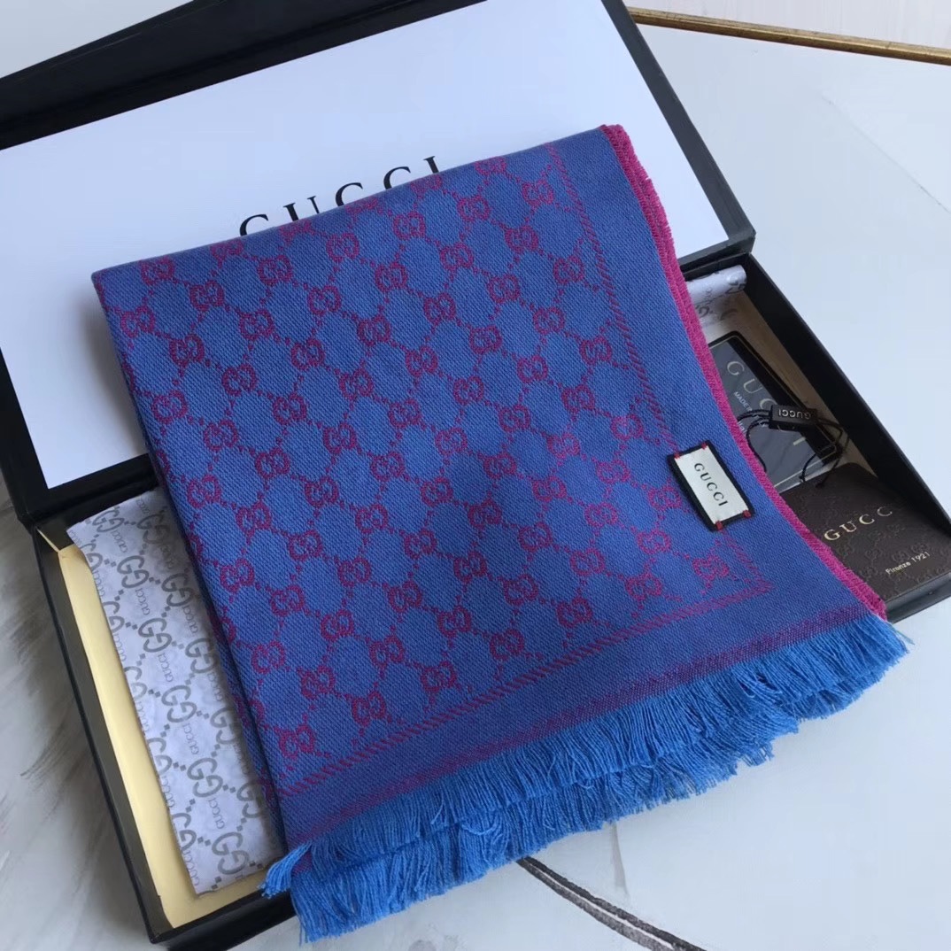 Gucci OBLIQUE STOLE IN WOOL AND CASHMERE GG55620 blue