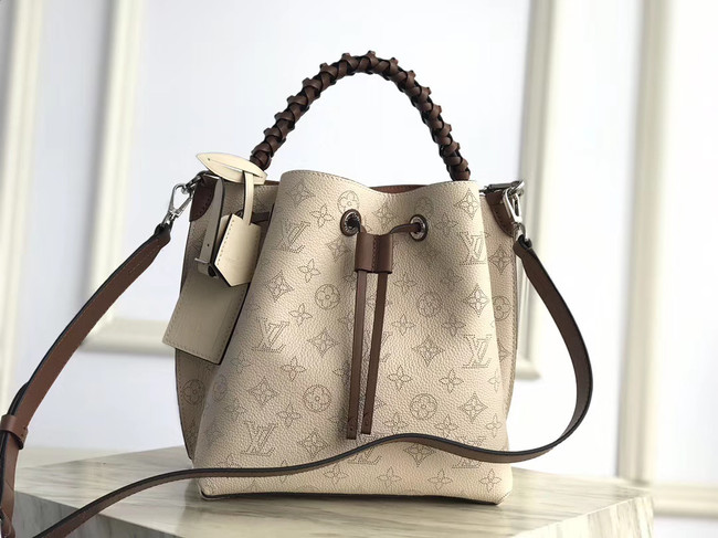 Louis Vuitton original Mahina Leather MURIA M55800 Creme Beige