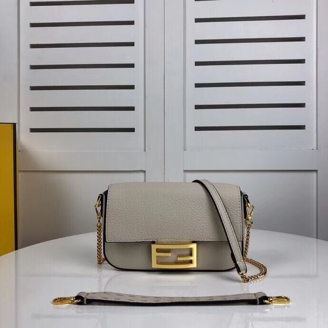 Fendi BAGUETTE leather bag F2467 beige