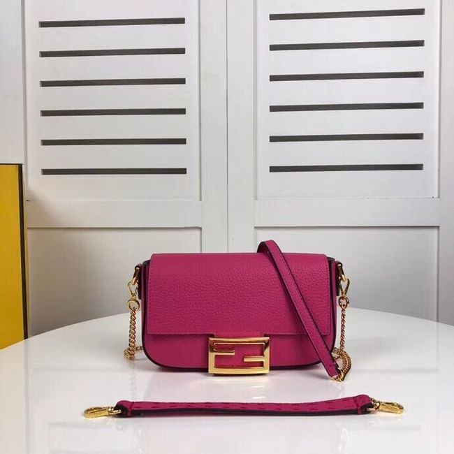 Fendi BAGUETTE leather bag F2467 rose