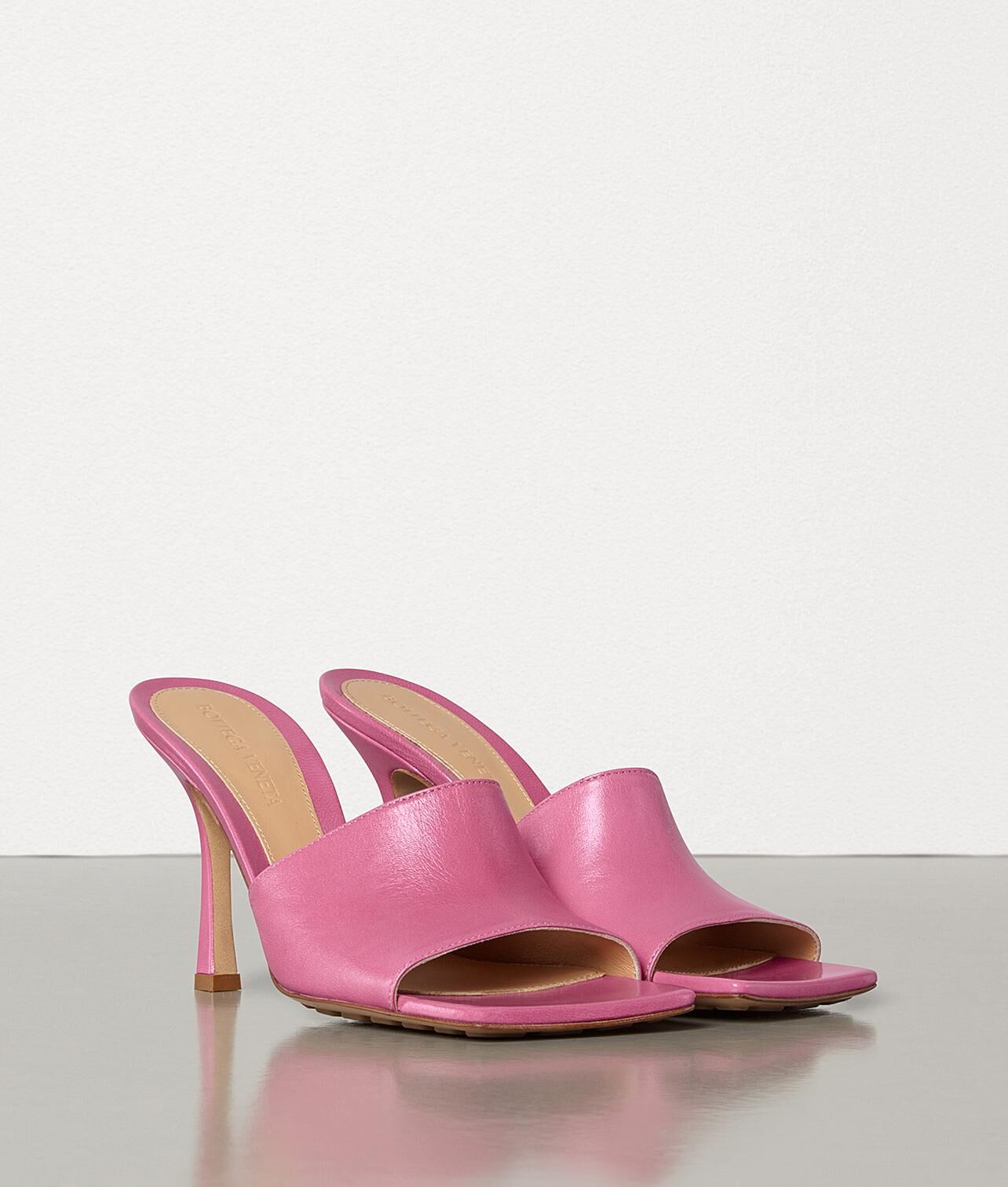 Bottega Veneta Shoes BV2048 Pink