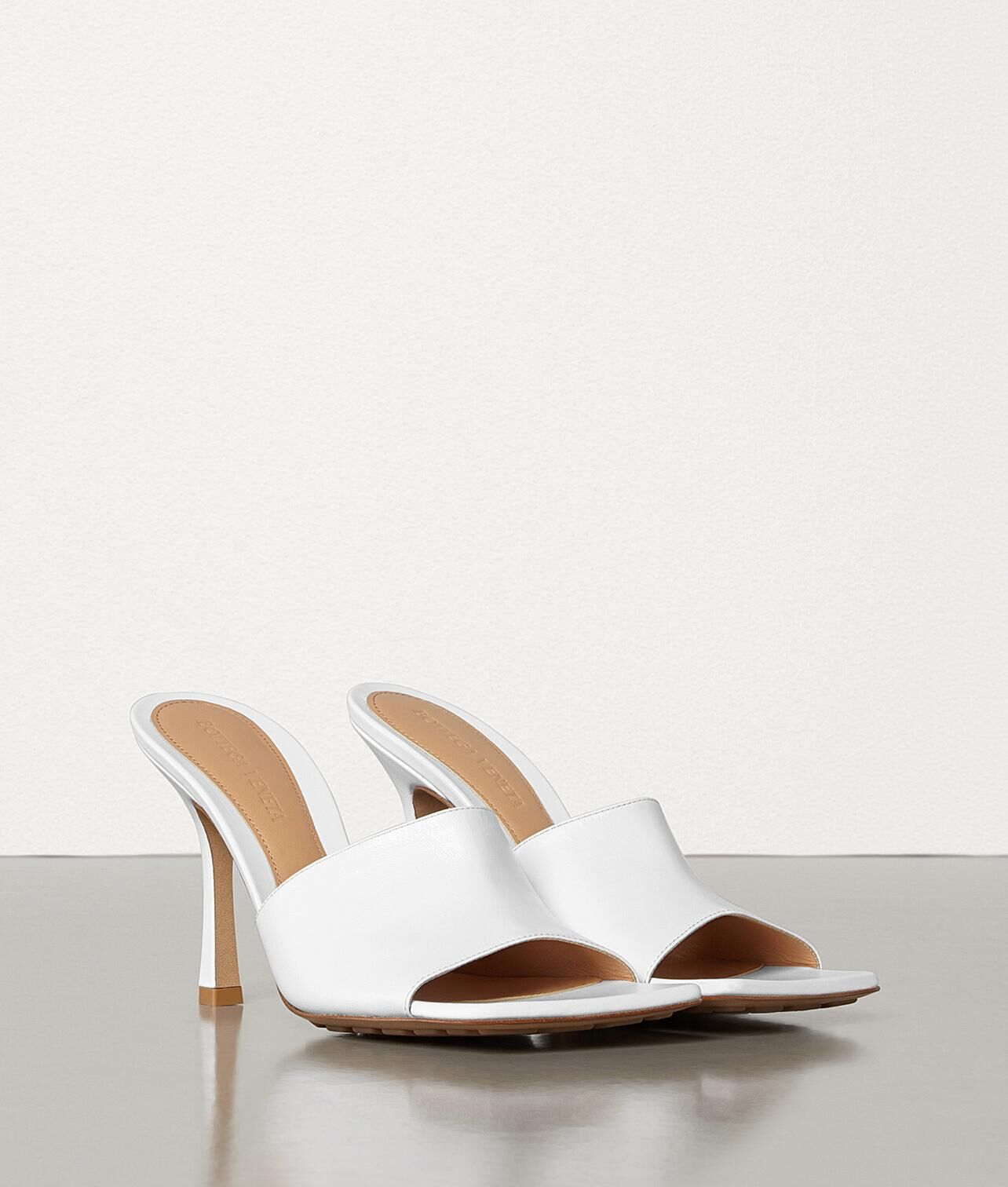 Bottega Veneta Shoes BV2048 White
