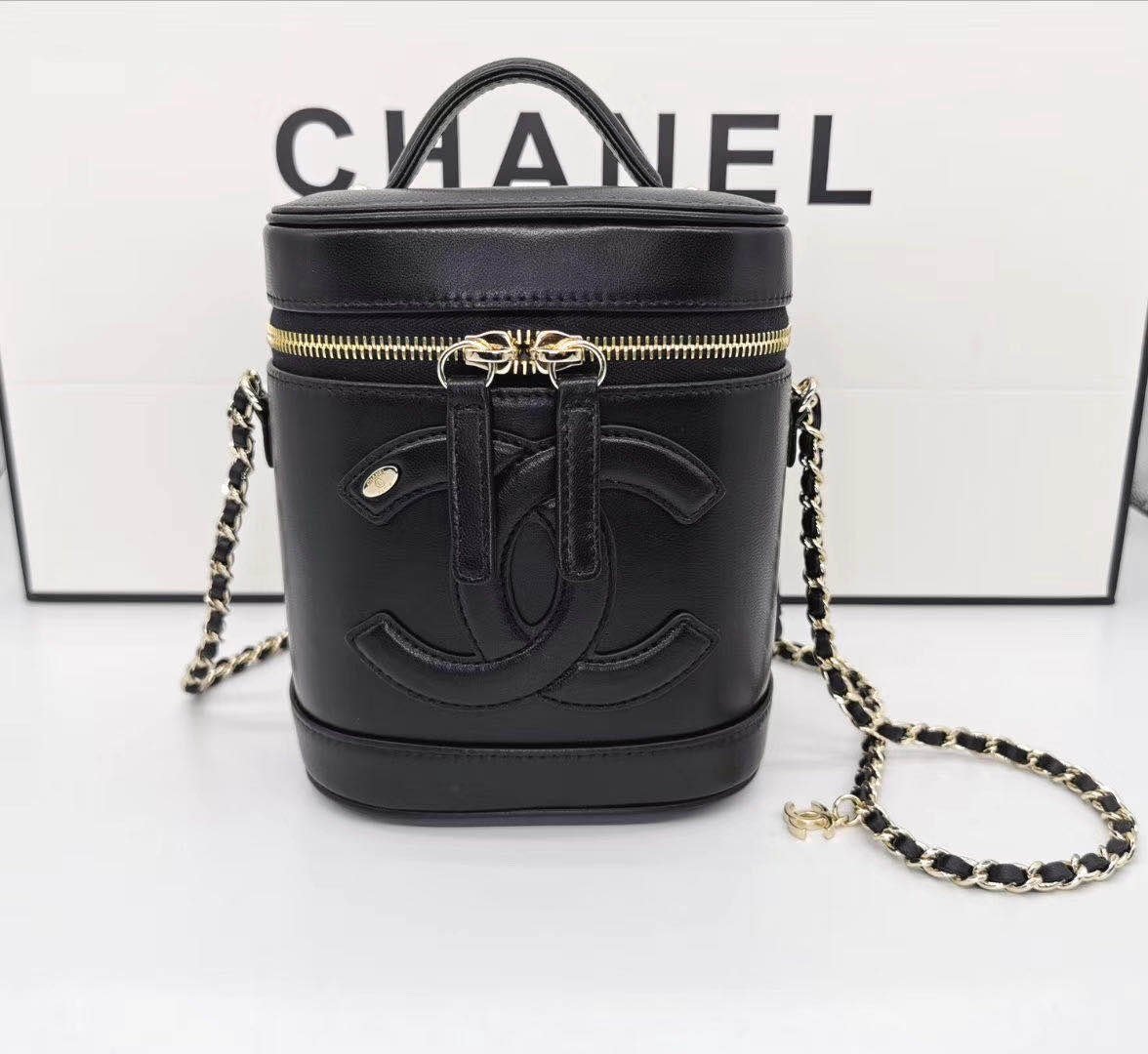 CHANEL vanity case Gold-Tone Metal AS1336 black