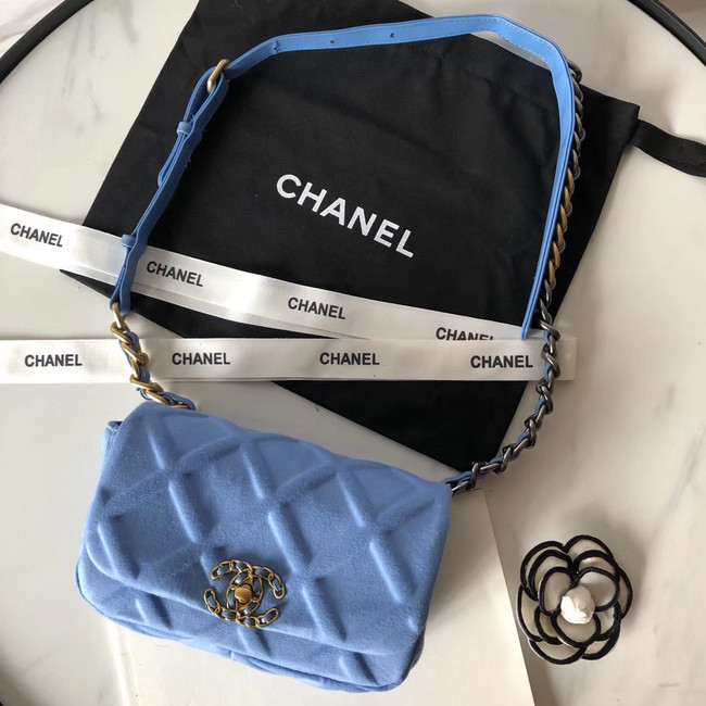 Chanel 19 Bodypack AS1163 light blue